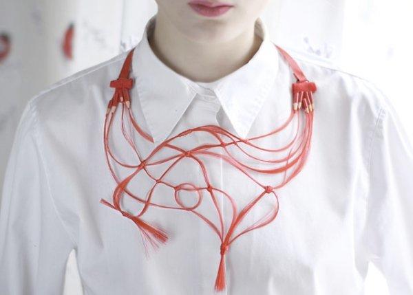 画像1: Hairy sock/Ruta Kiskyte pencil drawing fake hair necklace (1)